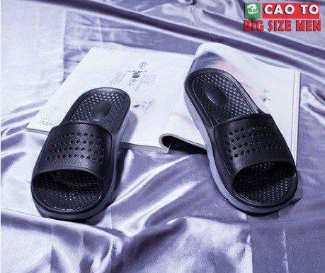 Big size black waterproof slippers